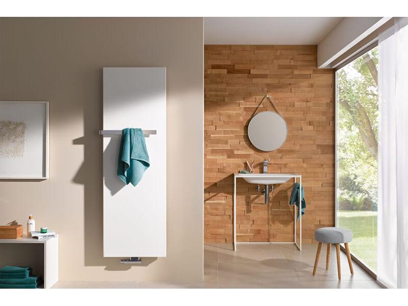 Koupelnový radiátor PATEO Prohnutý radiátor, barva bílá